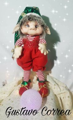 Elf On The Shelf, Ronald Mcdonald, Dolls, Holiday Decor, Character, Modern Christmas, Elves, Projects, Manualidades