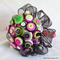 A button bouquet floral that's fun & funky for your special occasion. Perfect button bouquet for prom, wedding, flower girl or decorative bouquet. I love this color combination!