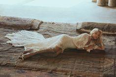 Unusual Wedding Dresses, Bohemian Wedding Dresses, Boho Bride, Bohemian Weddings, Collections Photography, Love Spells, Green Wedding Shoes, Models, Bridal Portraits
