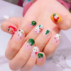 Train as a nail artist for Christmas and get hot orders right after training! In 2020 with a new profession! Chrismas Nail Art, Christmas Gel Nails, Christmas Nail Art Designs, Holiday Nails, Cute Acrylic Nails, Cute Nails, Pretty Nails, Nail Art Courses, Asian Nails