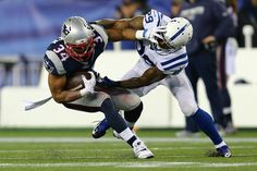 Shane Vereen #34 of the New England Patriots runs with the ball against Mike Adams #29 of the Indianapolis Colts in the first half of the 2015 AFC Championship Game at Gillette Stadium on January 18, 2015 in Foxboro, Massachusetts. (January 17, 2015 - Source: Maddie Meyer/Getty Images North America)