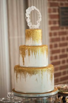 I love this cake! perhaps a teal cake with copper raining down over it