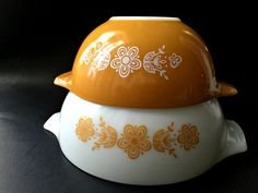 Pair of Pyrex Butterfly Gold Cinderella Bowls. by GatewayHeirlooms