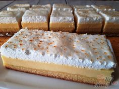 Last week was exhausting. There were two birthday parties, so I was allowed to bake again for the guests. I baked this teardrop cake, prepared desserts without baking (pudding in a glass) and so that we not only have something sweet but also someth Mini Desserts, Quick Easy Desserts, Lemon Desserts, Easy Cake Recipes, Cookie Recipes, Dessert Recipes, Pudding Desserts, Party Desserts, Healthy Desserts