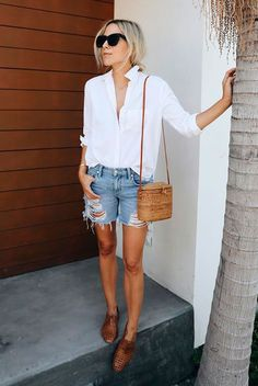 20 Simple Summer Outfits For The Minimal Girl | Be Daze Live #oxfordoutfit