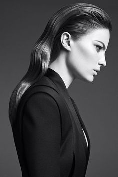 Kerastase Couture Styling Visions of Style 2015 campaign - Look Le sleek Sleek Back Hair, Slicked Back Hair, Studio Photography Poses, Photography Poses Women, Beauty Shoot, Hair Beauty, Black And White Makeup, Beauty Makeover, Hair Care