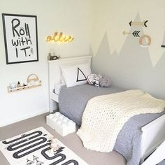7 Awesome Gender-Neutral Kids Bedroom Ideas That'll Win You Over. This time, we're giving you some Gender-Neutral Kids Bedroom Ideas That'll totally Win You Over. Little Boy Bedroom Ideas, Boy Toddler Bedroom, Boy Room, Kids Bedroom, Bedroom Decor, Childrens Bedrooms Boys, Bedroom Small, Bedroom Black, Bedroom Modern