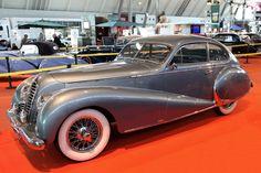 Delahaye 135 (1949) - sporty sedan with Antem-body, 3.5-liter six-cylinder, 120 hp - at the Retro Classics Stuttgart, 2013) / 1949 Delahaye 135 - sportliche Limousine mit Antem-Karosserie, 3,5-Liter-Sechszylinder, 120 PS - an der Retro Classics Stuttgart 2013)