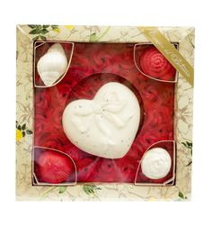 Caja con delicados jabones naturales