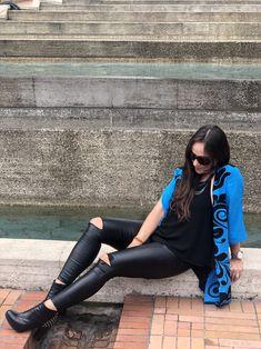 #kimono #azul #primavera #outfits #fashion #moda Pants, Outfits, Fashion, Kimonos, Unique Clothing, Blue, Trouser Pants, Moda, Suits
