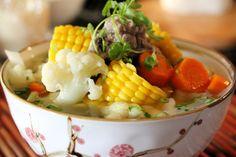 Veggie Soup with Corn and Pork Spare ribs -  CANH BẮP NẤU SƯỜN NON