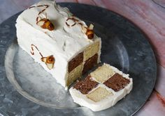 This honey and cocoa Battenberg cake with honey frosting hits the spot at afternoon tea; made using Alan Silverwood's Battenberg cake form #afternoontea #teatime #battenberg #cake #honey #silverwood Brown Food Coloring, Honey Cupcakes, Tea Blog, Black Food, Sliced Almonds, My Tea, Frosting Recipes, Marzipan, Cream Cheese Frosting