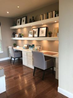 Gorgeous Desk Designs for any Office : built in desk, built in two person desk in home office decor with open shelf decor, home office in living room Home Office Design, House Design, Home Office Decor, Sweet Home, Home Remodeling, Office Design, Home Decor, House Interior, Home Deco