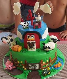 farm cake made by my friend Kelly of Frosted Occasions