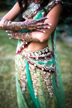 bridal henna, indian wedding clothes