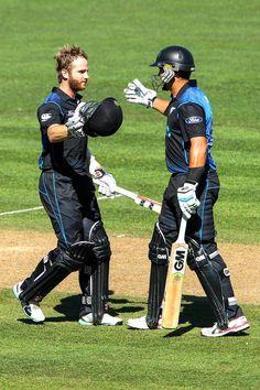Kane Williamson celebrates his century with teammate Ross Taylor. Kane Williamson, World Cricket, Fall Away, New Zealand, Pakistan, Photo Galleries, Stage, Running, Play