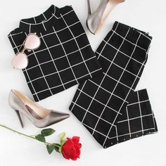 To find out about the Crop Grid Top & Pencil Skirt Co-Ord at SHEIN, part of our latest Two-piece Outfits ready to shop online today! Casual Dresses, Casual Outfits, Cute Outfits, Fashion Outfits, Womens Fashion, Fashion Tips, Fashion Fashion, Retro Fashion, Everyday Outfits