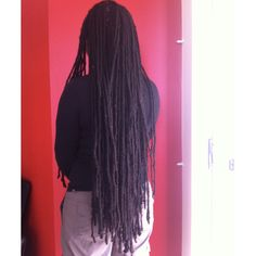 Thin dreadlocks or small dreads particularly suit hair types such as African hair which has low volume but lots of hair. Dreadlock Hairstyles, African Hairstyles, Dreadlocks Pictures, Small Dreads, Partial Dreads, Hair Type, Your Hair, Suit