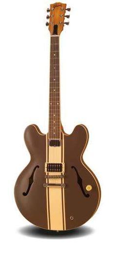 signature model fender tom delonge of blink 182 stratocaster in gibson es 333 tom delonge