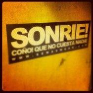 SONRIE! by Semas Bueno