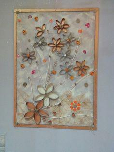 Quadro con fiori di carta(interno rotolo carta igienica)