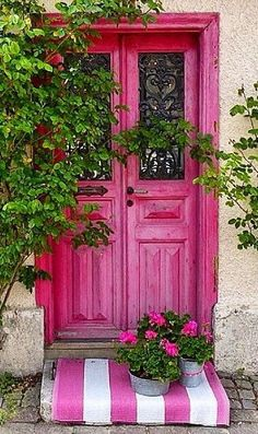 Pink and green front door or side door, house entrance. Ah, the pretty things in…