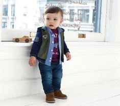 Newborn baby clothes are high quality, relaxed and are also all oh-so-cute! Toddler Boy Fashion, Little Boy Fashion, Fashion Kids, Toddler Boys, Baby Kids, Outfits Niños, Baby Outfits Newborn, Baby Boy Outfits, Moda Junior