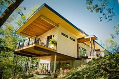 Hempcrete can change the way we build everything! Its benefits include carbon negative construction, breathability, and reduced cost of heating and cooling. CNN report on eco friendly sustainable hemp house built in Asheville, NC.