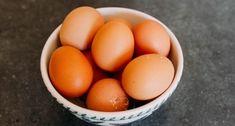Čokoládové kocky s penou - Receptik.sk Ale, Eggs, Fruit, Breakfast, Food, Basket, Morning Coffee, Ale Beer, Essen