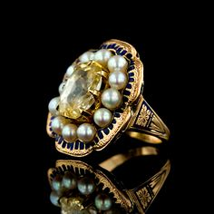 Victorian 14K rose gold ring with tellow sapphire, pearls and enamel.