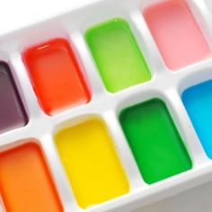 Make your own watercolors at home with simple ingredients from your pantry!