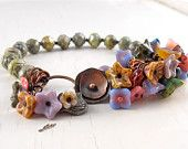 beaded bracelet, green bracelet, floral bracelet, flower bracelet, colourful bracelet, unique bracelet, gift for her, unique gift for her