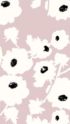 Pale poppy wallpaper
