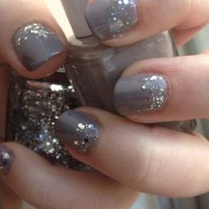 I only make time to do my nails twice a year, but next time I'm doing this!