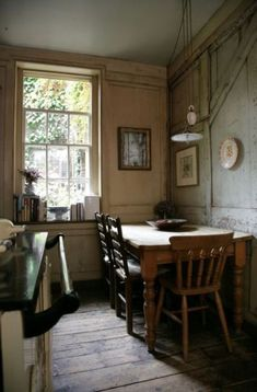 Home Interior Wood .Home Interior Wood Kitchen Nook, Bar Kitchen, Kitchen Dining, My Dream Home, Cottage Style, Vintage Kitchen, Dining Area, Home Remodeling, Home Kitchens