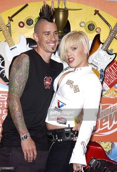 April 13, 2002: Corey Hart & Pink during ESPN Action Sports and Music Awards - Pressroom at The Universal Ampitheatre in Universal City, California, United States.
