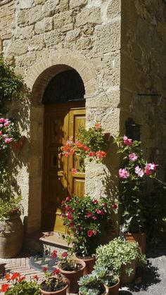 #Tuscany  --  A pretty little vignette in Montalcino, Italy