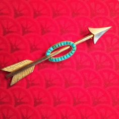 Antique 14k Gold and Turquoise Arrow Brooch