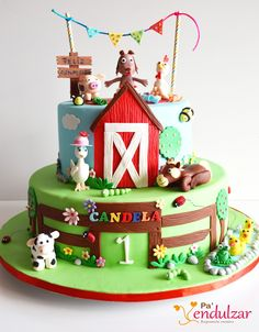 Hola!!!   Otra vez ya estoy por aquí y esta vez para enseñaros la tarta que hice la semana pasada. Era una tarta para una ocasión muy especi... Farm Birthday Cakes, Cowboy Birthday Party, Baby Boy 1st Birthday, 1st Birthday Parties, Farm Animal Cakes, Farm Animal Party, Farm Animal Birthday, Farm Themed Party, Barnyard Party
