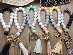 Ring Bracelet, Bracelet Making, Jewelry Making, Work Wife, Bangles, Beaded Bracelets, Bead Necklaces, Auntie Gifts, Beaded Garland