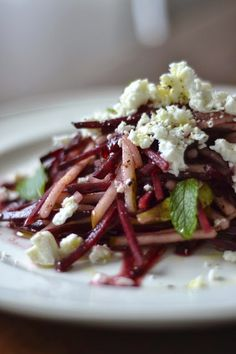 La Cuisine c'est simple: Simple comme une salade de betterave crue