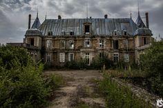 Friches en Vrac d'Île de France » Urbex Session : An Abandoned World  Château Popkov