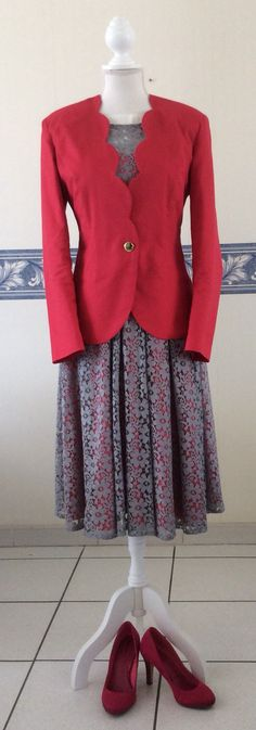 Robe dentelle avec veste fushia