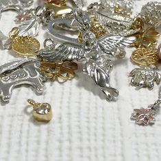 Annie Haak, the Award-winning jeweller, designs a variety of styles in Sterling Silver, Gold and Rose Gold, featuring precious stones. Annie, Charms, Rose Gold, Brooch, Sterling Silver, Bracelets, Earrings, Collection, Jewelry