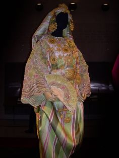 Libyan wedding clothing.