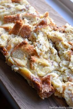 Simple & Easy Bread Pudding Recipe https://fantabulosity.com