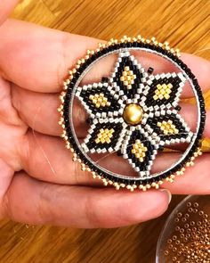 Brick stitch around circle, perles, Miyuki Delica necklace - - Brick stitch around circle, perles, Miyuki Delica necklace Splendid Beads – working process Brick stitch around circle- finishing up pendant Beaded Earrings Patterns, Seed Bead Earrings, Beaded Bracelets, Seed Beads, Native Beading Patterns, Weaving Patterns, Mosaic Patterns, Bracelet Patterns, Diy Jewelry