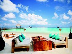 Jumeirah Vittaveli Resort, Maldives - Mu Beach Bar & Grill Restaurant