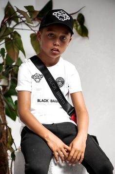 Hoe stoer is dit shirt van Black Bananas! Hoe, Bananas, Shirts, Black, Fashion, Moda, Black People, Fashion Styles