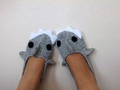 Crochet  Shark slippers,ADULT SIZE, house shoes-Crochet  Booties-Gray booties-animal. $28,00, via Etsy.